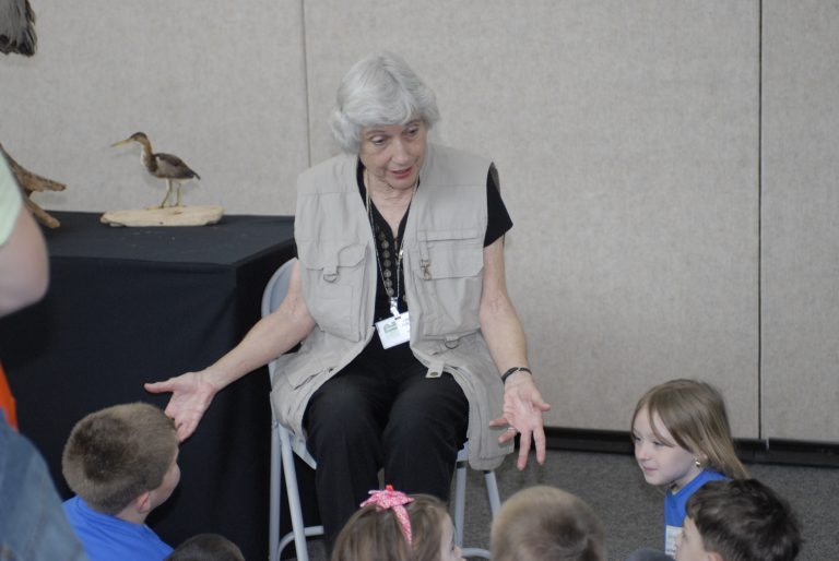 A former schoolteacher, Libby Furlow enjoyed serving as a docent for children at the Florida Museum of Natural History.