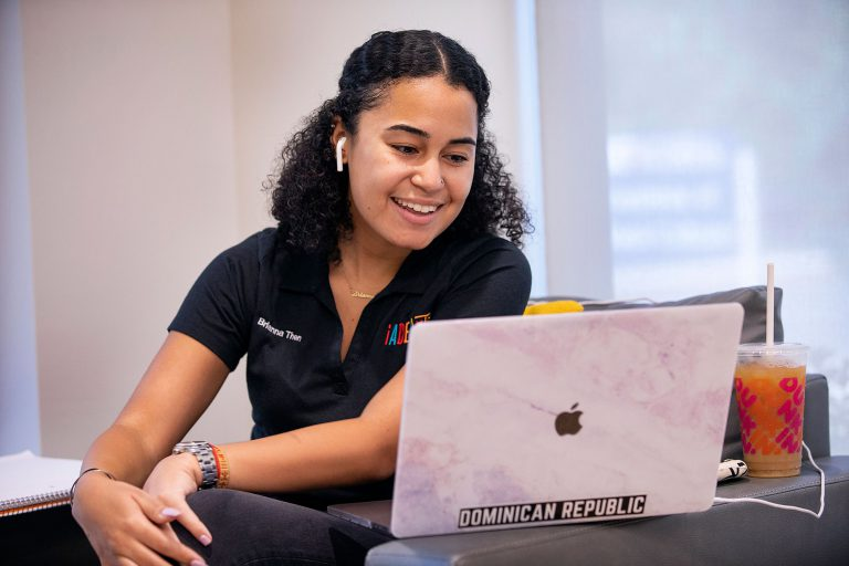 Many campus programs were held virtually to ensure student safety. Peer coordinator Brianna Then talks with students during virtual ADELANTE, a three-day early arrival program that focuses on the successful high school to college transition of incoming Hispanic-Latinx students at La Casita, UF's Institute of Hispanic-Latino Cultures, on Friday, August 28.